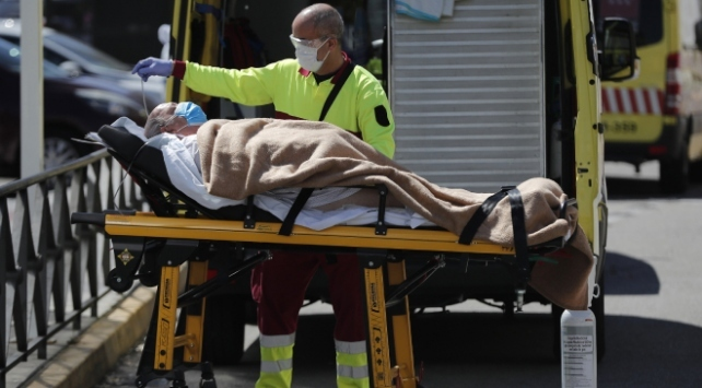 İspanyada Covid-19 kaynaklı son bir haftada 36 ölüm