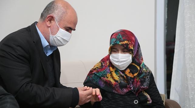 Cumhurbaşkanı Erdoğandan yüzüğünü bağışlayan kadına anlamlı hediye