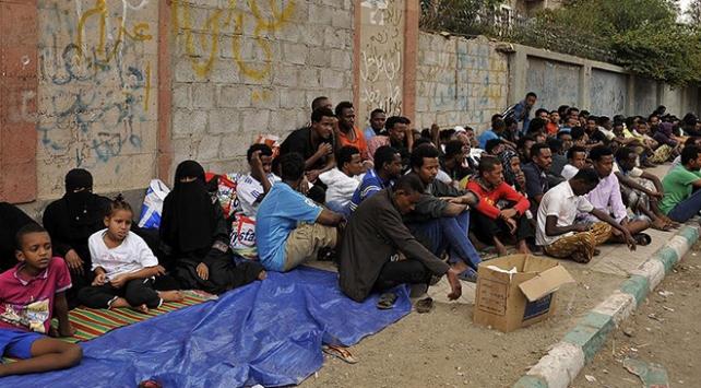 Uluslararası Göç Örgütü: Binlerce göçmen yiyecek ve sudan yoksun