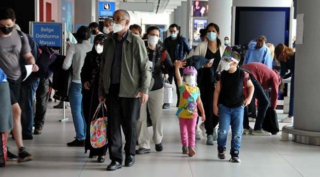 ABDden İstanbula ilk tarifeli uçuş gerçekleşti