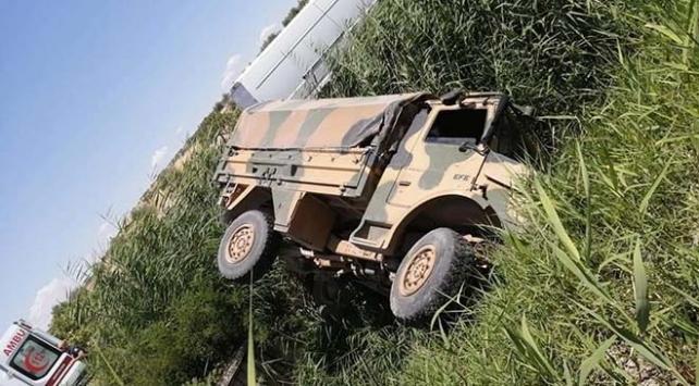 Gaziantepte askeri araç devrildi: 5 asker yaralı