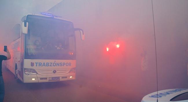 Trabzonspor kafilesi Alanyaya gitti