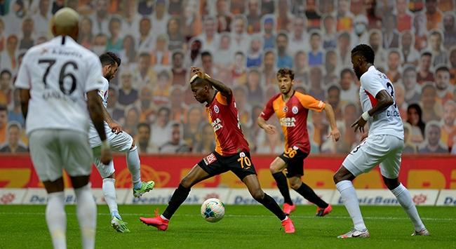 Galatasarayda 3 değişiklik