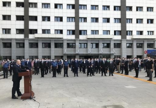 İstanbul Emniyet Müdürü Çalışkan, çalışma arkadaşlarına veda etti