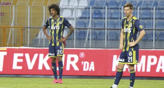 Fenerbahçe son 5 deplasmandan 1 puan çıkarabildi