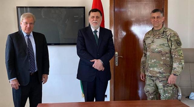 Libya Başbakanı Serrac, ABD büyükelçisi ve AFRICOM komutanı ile görüştü