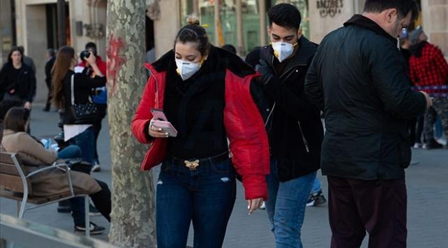 İspanyada son haftada COVID-19 nedeniyle 21 kişi öldü