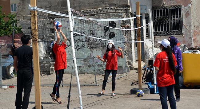 Türkiye Voleybol Federasyonundan anlamlı destek