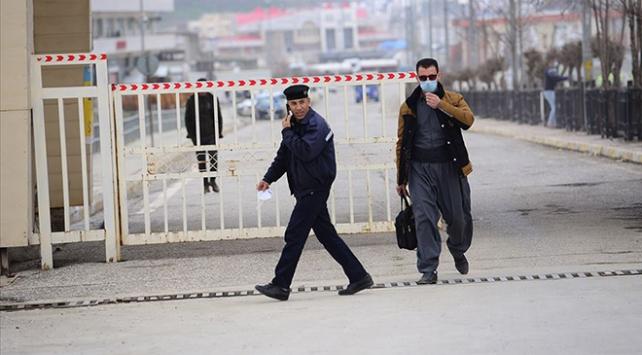 Irakta COVID-19 nedeniyle bir günde 67 kişi hayatını kaybetti
