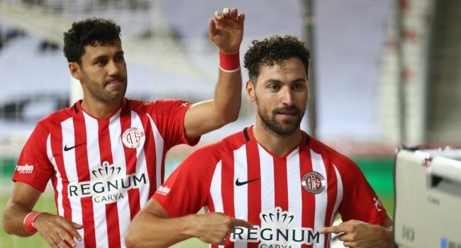 Antalyaspor seriye bağladı