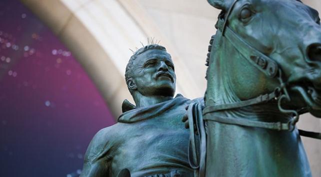 Eski ABD Başkanı Rooseveltin heykeli kaldırılıyor