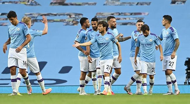 Manchester City Burnleyi 5 golle geçti
