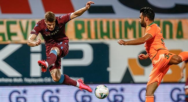 Trabzonspor kaçtı Aytemiz Alanyaspor yakaladı