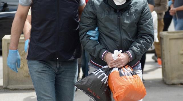 İzmirde terör operasyonu: 13 gözaltı