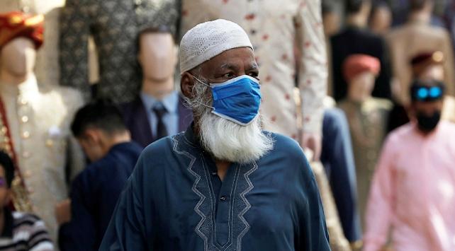 Pakistanda vaka sayısı 185 bini aştı