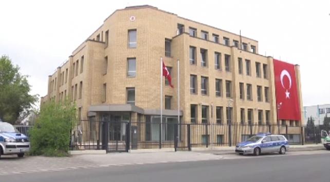 Türkiyenin Düsseldorf Başkonsolosluğu COVID-19 nedeniyle kapalı olacak
