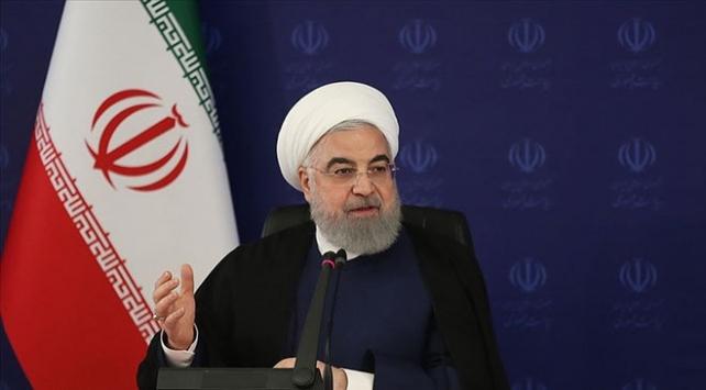 İran Cumhurbaşkanı Ruhani: Döviz kurundaki yükseliş geçici bir şoktur