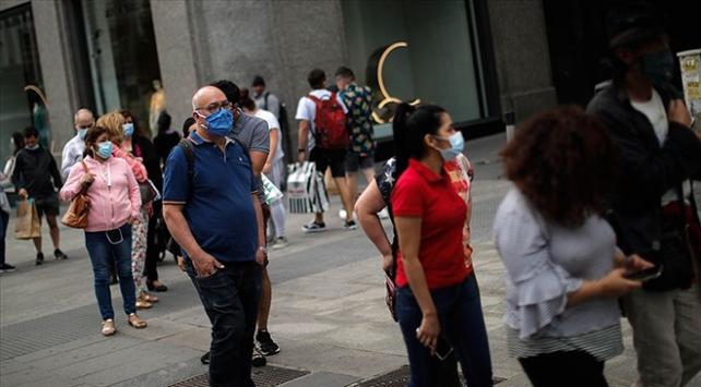 İspanyada COVID-19dan son bir haftada 14 kişi öldü