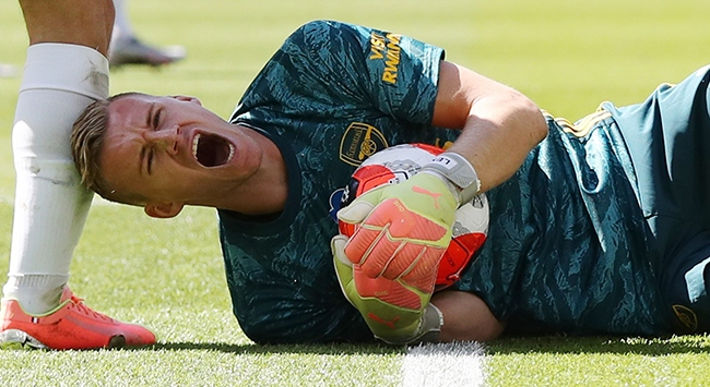 Arsenal kalecisi Leno en az 1 ay yok
