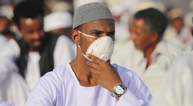 Sudanda COVID-19 vaka sayısı 8 bin 796ya yükseldi