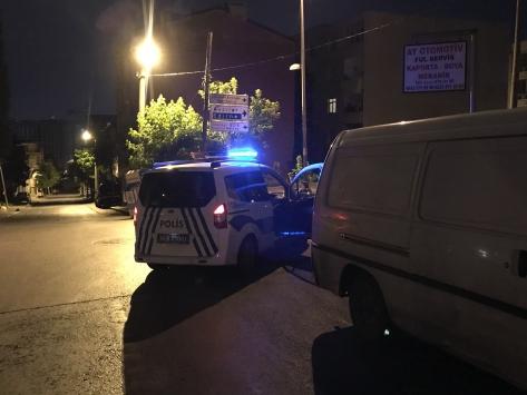 İstanbulda yol verme kavgasında 3 kişi yaralandı