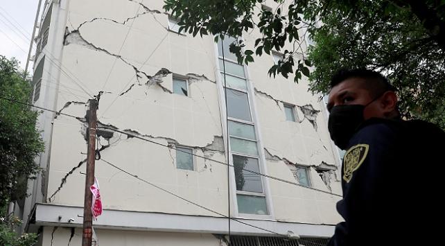 Meksikadaki depremde ilk belirlemelere göre 5 kişi öldü