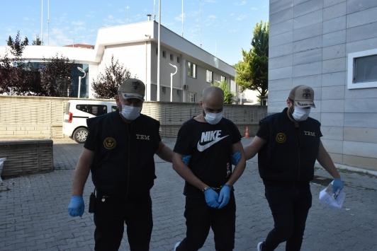 Samsunda özel harekat destekli DEAŞ operasyonunda 12 şüpheli gözaltına alındı