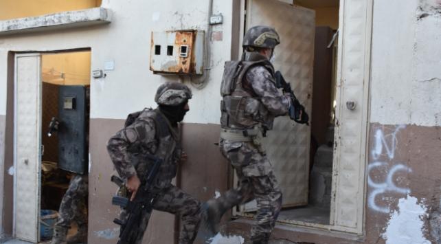 Gaziantepte 450 polisin katılımıyla uyuşturucu operasyonu: 13 gözaltı