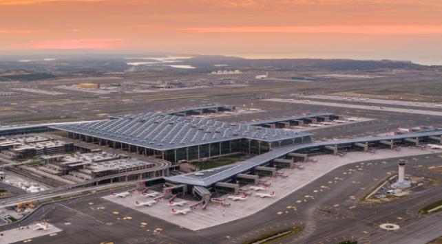 İstanbul Havalimanının salgına karşı aldığı önlemler tescillendi