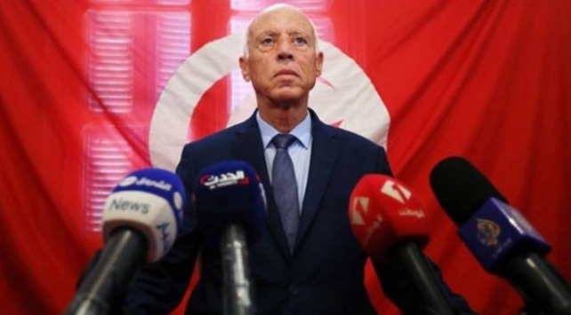 Tunus Cumhurbaşkanı Fransadan özür dilemesini istedi
