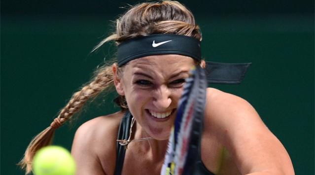 Sharapova ve Azarenka yarı finalde