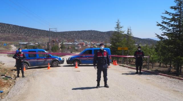 Konyada vakaların arttığı iki mahalle karantinaya alındı