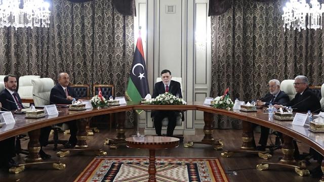 Libya'nın başkenti Trablus'ta diplomatik trafik arttı