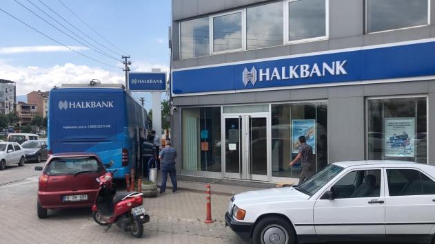 Bursada banka şubesi karantinaya alındı