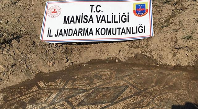 Tarihi mozaikleri 5 milyon dolara satmaya çalışanlar yakalandı