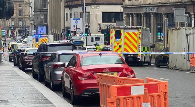 İskoçyada bıçaklı saldırı: 3 kişi hayatını kaybetti