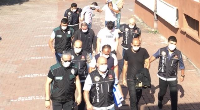 Bartında zehir tacirlerine yönelik operasyon: 5 tutuklama