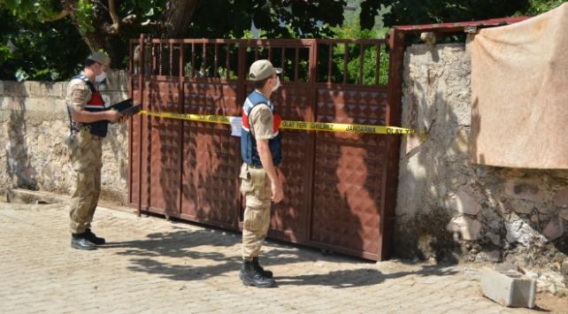 Covid-19 testleri pozitif çıktı: Şanlıurfada 72 ev karantinada