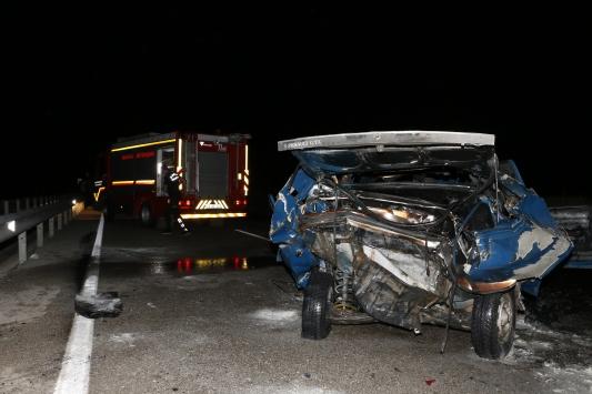 Manisada trafik kazası: 1 ölü, 1 ağır yaralı