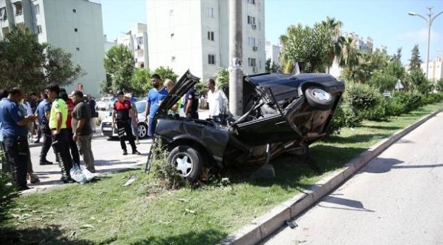 Kızlarını sınava götüren sürücü kaza yaptı: 5 yaralı