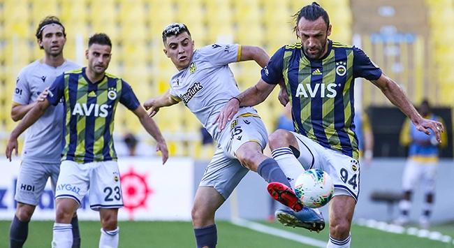 Fenerbahçede üç değişiklik