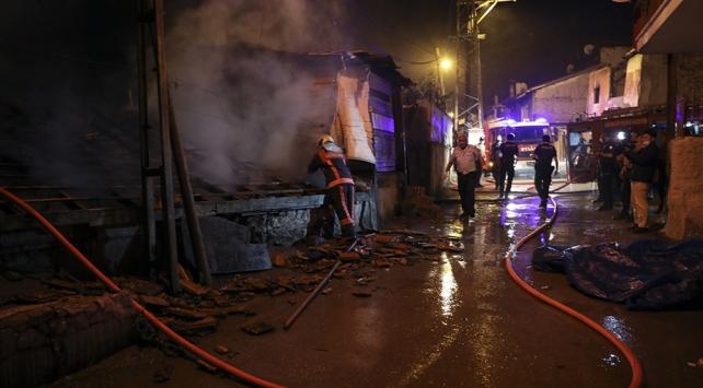 Ankarada 3 gecekondu yandı