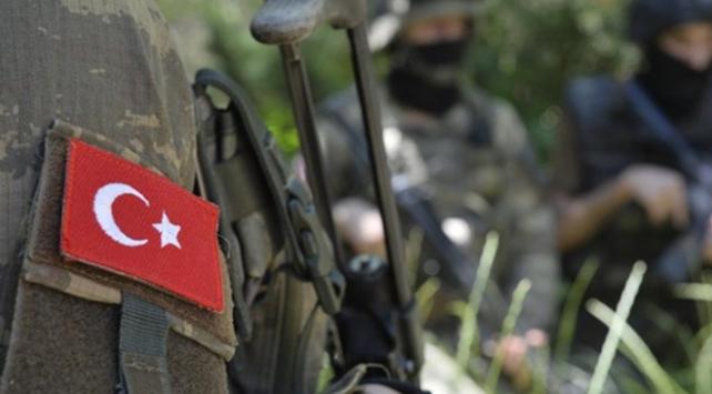 Pençe-Kaplan bölgesinde bir asker şehit oldu