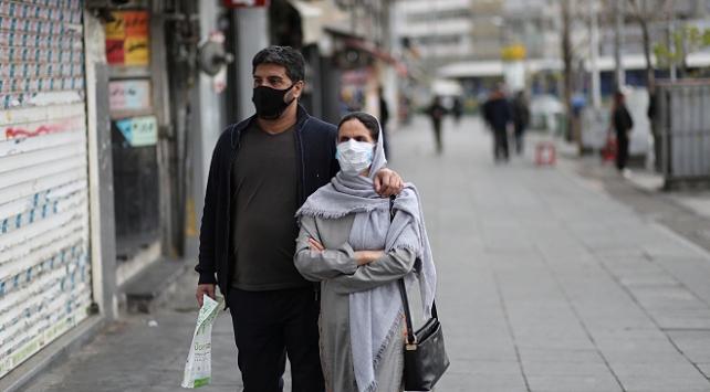 İranda koronavirüse karşı maske takma zorunluluğu getiriliyor