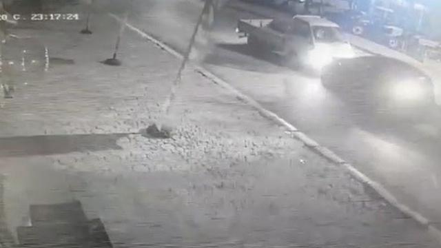 Bursa'da iki araç kafa kafaya çarpıştı