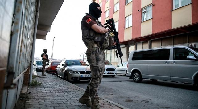 İstanbulda 53 adrese uyuşturucu baskını: 55 gözaltı