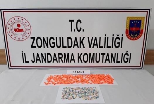 Zonguldakta uyuşturucu operasyonlarında yakalanan 2 kişi tutuklandı