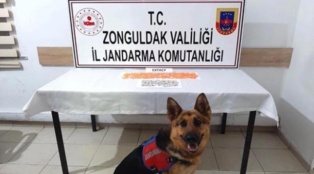 Zonguldak ve Adanada zehir taciri 3 kişi tutuklandı