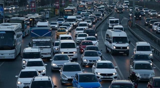 Trafikteki taşıt sayısı 5 ayda 293 bin 296 arttı