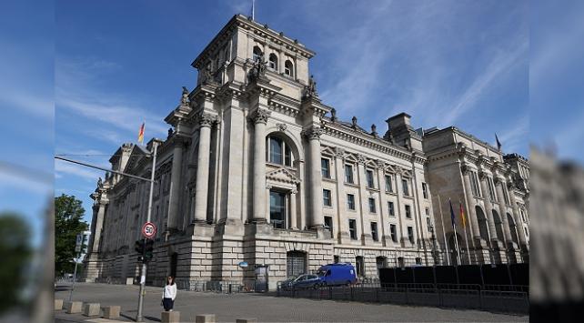 Almanyada Federal Meclis binasına yönelik kundaklama girişimi